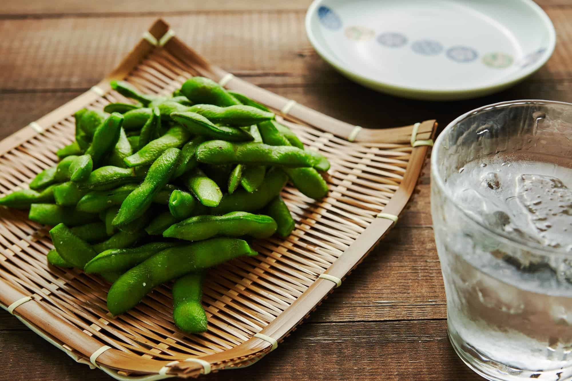 Edamame are just immature soy beans that have been boiled and salted. Here's an easy recipe for preparing this Japanese appetizer.