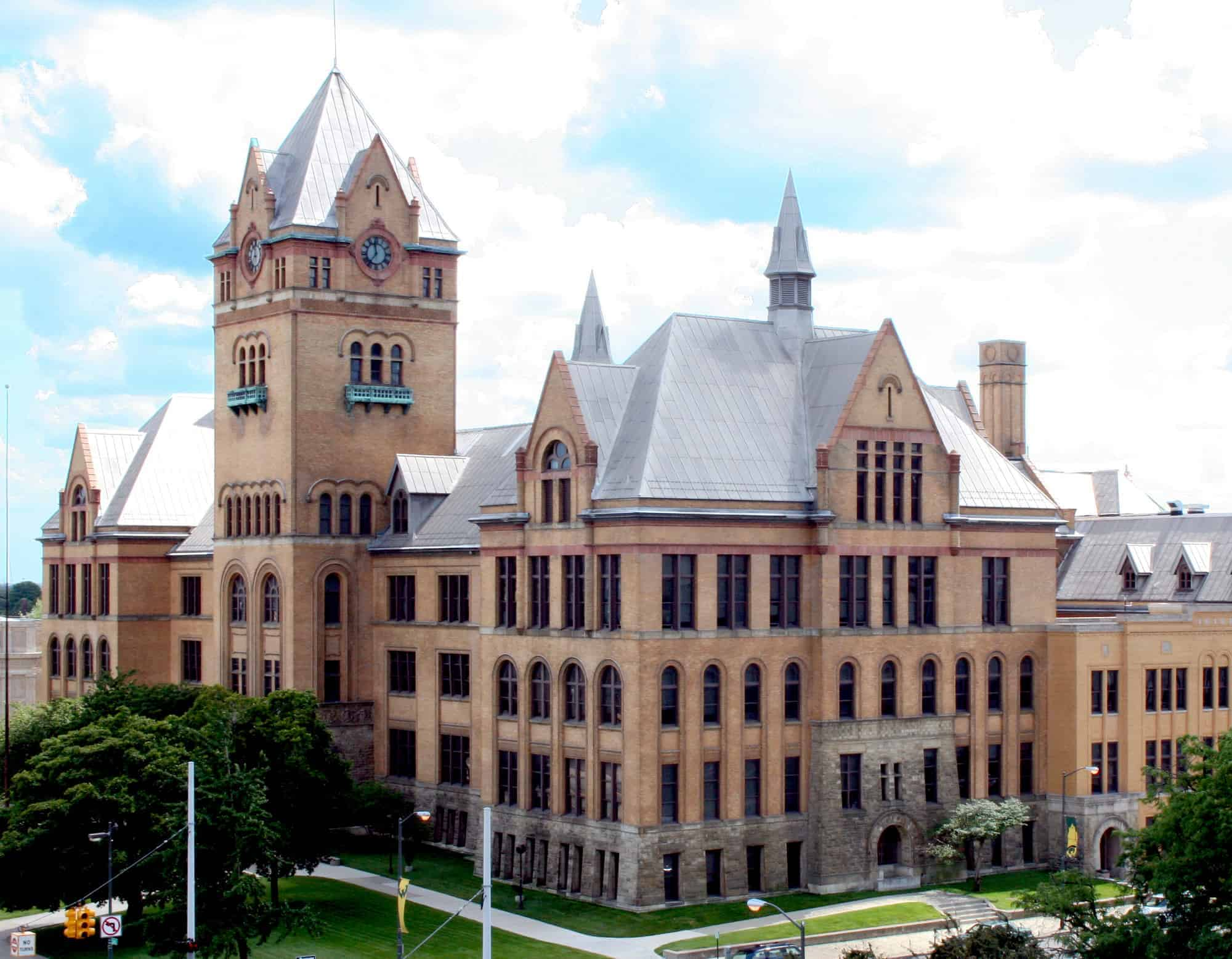 Old_Main_WSU_-_Detroit_Michigan