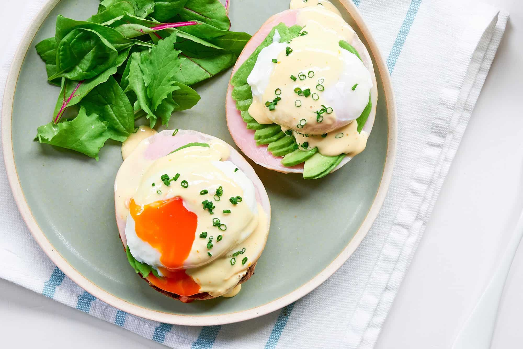 Making the best Eggs Benedict is easy with this step-by-step recipe.