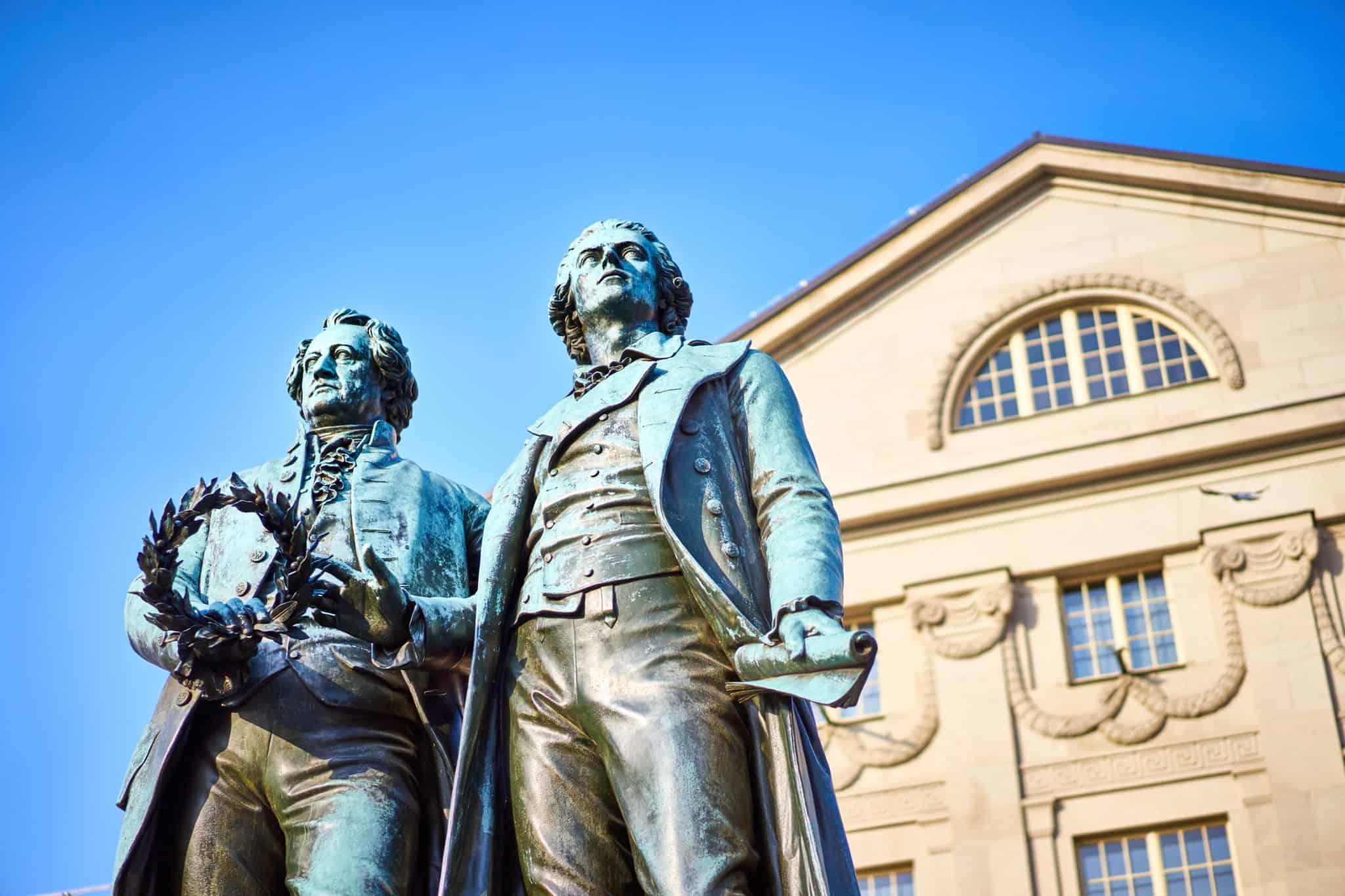Goethe und Schiller auf Städtereise in Weimar