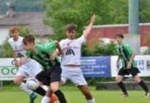 Fossalta di Portogruaro: ragazzini giocano a calcio, genitori litigano