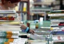 Acquistare i nuovi libri per l'anno scolastico: lo strapotere dei supermercati. Resistono le librerie