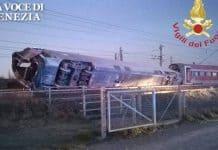 treno deragliato mistero scambio 200208