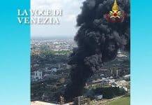 Incendio a Marghera, il Comune: non raccogliere frutta e verdura, non pescare