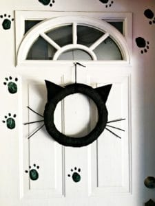 kitty cat wreath on front door