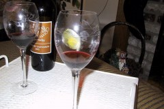 CGI-Crimee-Game-Evidence-Wine-Glasss