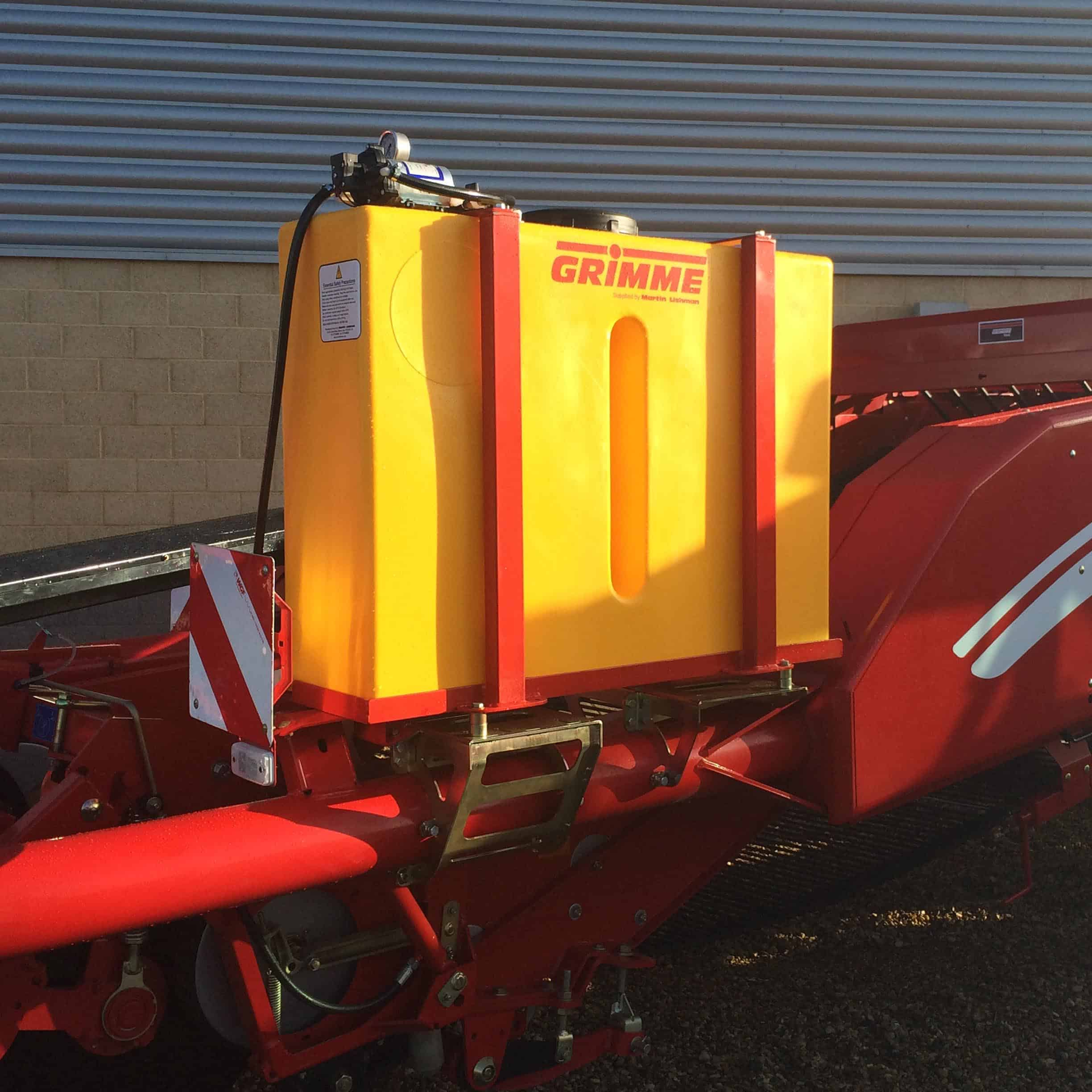 potato harvester mister mounted on grimme machine