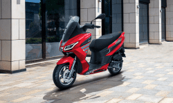 Aprilia SXR 160 Maxi-style Scooter to be Launched in December