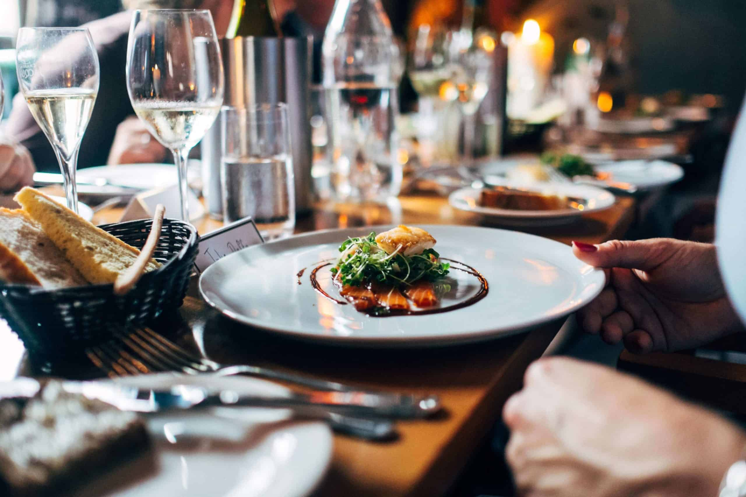 4 ingredients to increase revenue for full service restaurants