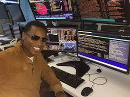 Ref Wayne trader