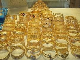 Die Steuererhöhung auf Goldschmuck dürfte die indische Goldnachfrage dämpfen.
