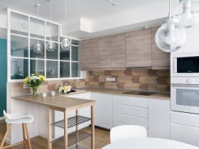 unique arrow-like wood kitchen backsplash