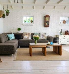 How to Clean Walls and Ceilings