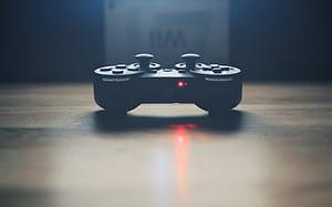 Desarrolla videojuegos