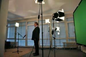 Bond-Medientraining cometis AG Investor Relations Beratung