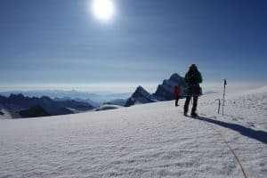 DSC00263 300x200 - Über den Gletscher hinunter zur Finsteraarhornhütte