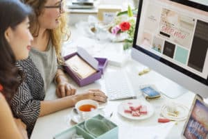3-things-to-do-before-launching-an-ecommerce-start-up Women Shopping Online Shopaholics Purchase Concept