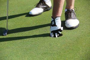 Golfer mit Schuhen