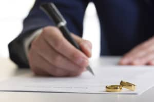 Contested Divorce Lawyer Colorado Springs