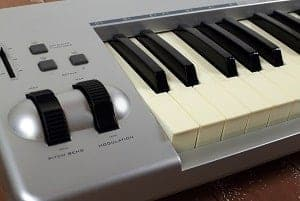 can you learn piano on 61 keys