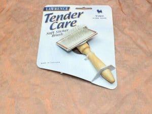Lawrence Tender Care Slicker Brush Tiny 1 Pcs. 2 300x225 - Lawrence, Tender Care Slicker Brush Tiny,1 Pcs.