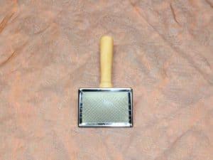 TLC Slicker Small 1 Pcs. 2 300x225 - TLC, Slicker Klein,1 Pcs.
