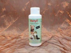 Vetyl Dryshampoo Black 100 gram 3 300x225 - [:nl]Vetyl, Droogshampoo Zwart, 100 gram[:en]Vetyl, Dryshampoo Black, 100 gram[:de]Vetyl, Trockenshampoo Schwarz, 100 gram