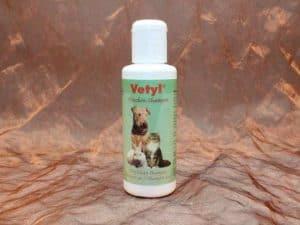 Vetyl Dryshampoo white 100 gram 2 300x225 - [:nl]Vetyl, Droogshampoo Wit, 100 gram[:en]Vetyl, Dryshampoo white, , 100 gram[:de]Vetyl, Trockenshampoo Weiß, 100 gram
