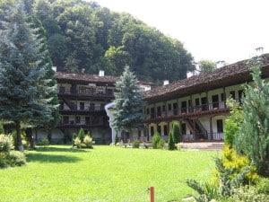 Православный монастырь Троян
