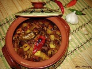 Cazuela de Kavarmá, receta típica búlgara