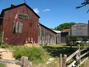 Best Texas Hill Country Wineries along Wine Road 290 in Fredericksburg Texas | Sister Creek Winery