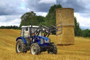 Farmtrac 690DT 90hp with bale grab