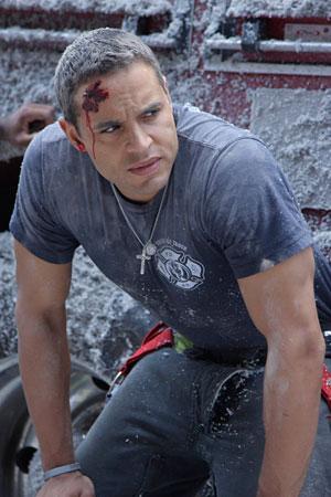 Photo of Daniel Sunjata on the set of Rescue Me