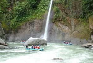 exploradores_rafting