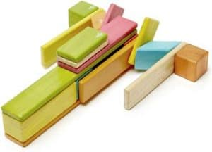 juguete de madera TEGU
