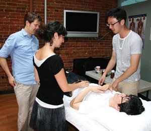 How Long To Become An Acupuncturist?