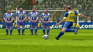 تنزيل لعبة FIFA 2004 للكمبيوتر