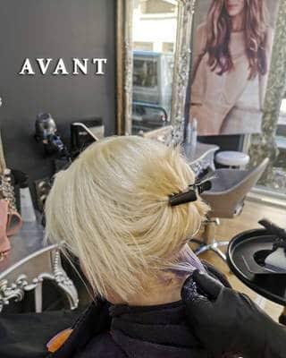 coloration mauve racine blond polaire demi-longueurs coloriste aix avant