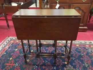 antique mahogany gateleg table