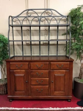 nichols and stone bakers hutch