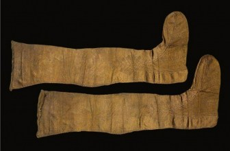 Shipwreck Treasure: Reconstructing 17th Century Stockings