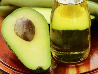 Skin treatment with avocado oil
