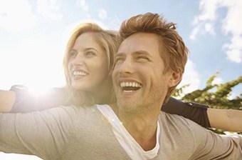 never-feel-ashamed-when-dating-younger-women