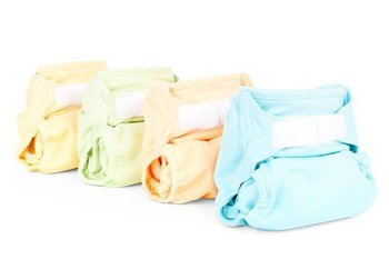 Diaper tips for traveling moms and dads