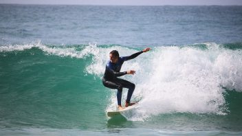 Surf Lesson - Intermediate