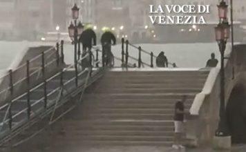 Triathlon veneziano, la nuova specialità per turisti che arrivano in città