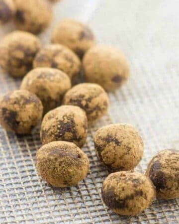 energy balls in rows