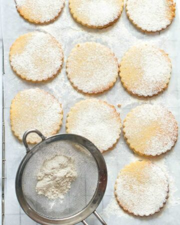 Cookies and sieve