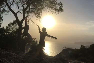Mallorca Bondage – Fesseln im Sonnenuntergang