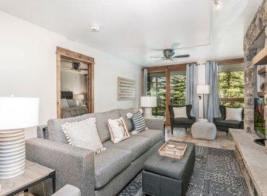 2019-living-room-2